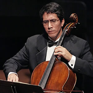 David Peshlakai, cello
