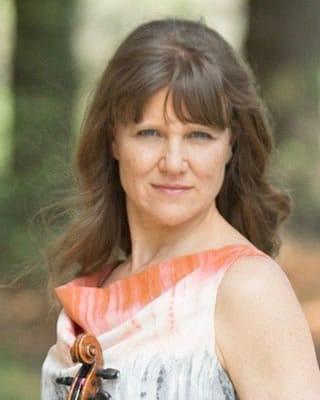Tammie Ringas, violin